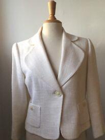 Hobbs ladies jacket size 14, winter white.
