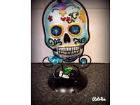 Skull t light holder