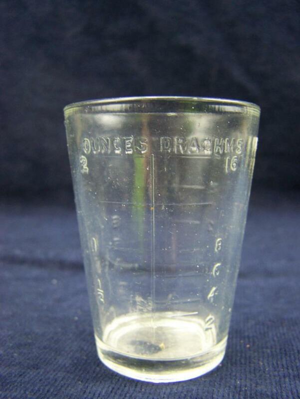 Vintage glass medicine measure table, tea spoons, drachms and ounces