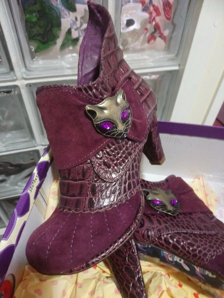 Designer Boots - Irregular Choice Miaow Lavender Boots
