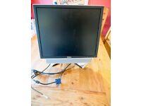 "Dell 19"" Monitor 1908FPC and Soundbar AS501"