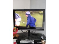 SAMSUNG TV With BLACK GLASS STAND