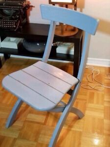 Vintage solid wood folding chair