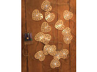 16 LED battery operated cream Heart string lights