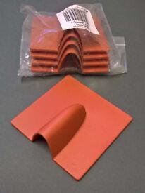 Plastic wall plates ('burst plates').