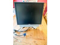 "Dell 19"" Monitor and Soundbar (1908FPc and AS501)"