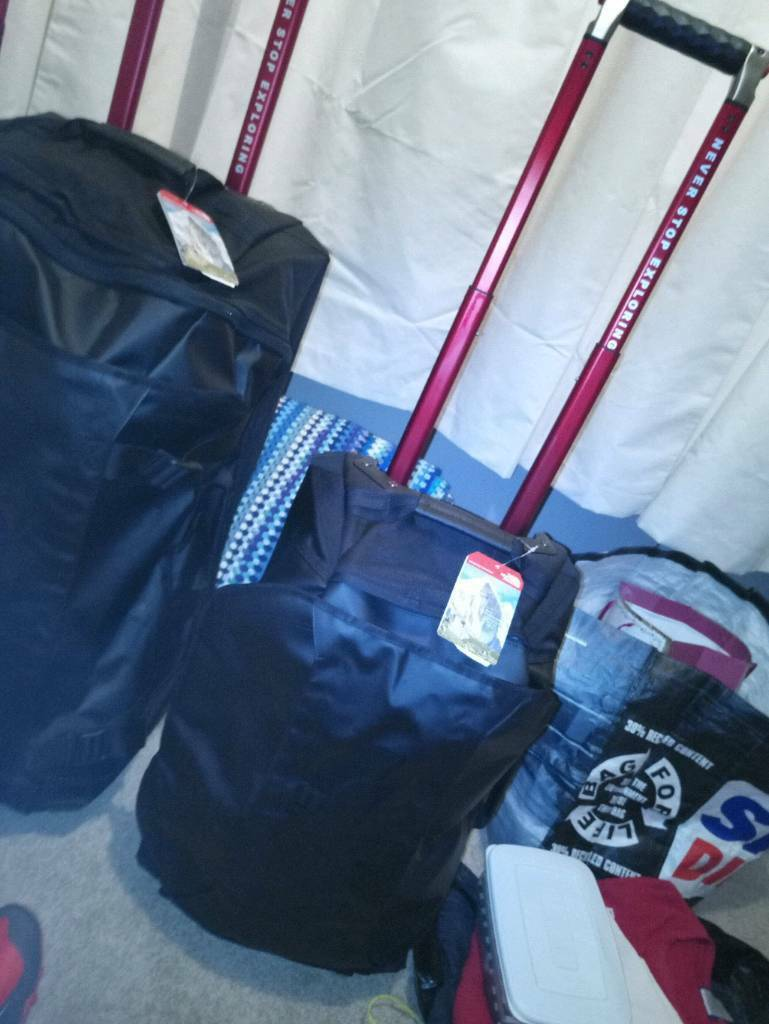 0aeee6ae8 NORTH FACE ROLLING THUNDER 22 CABIN BAG LUGGAGE TROLLEY CASE NEW TAGS | in  Kidderminster, Worcestershire | Gumtree