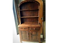 Solid wood dresser for sale with drawers and cupboards in excellent condition.