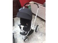 Black and White Quinny Moodd Pushchair