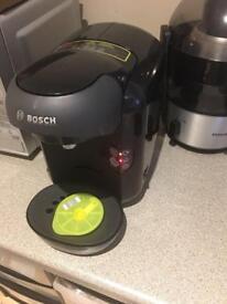 Bosch Tassimo Vivy Coffee Machine + Pods