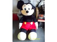 giant micket mouse teddy bear
