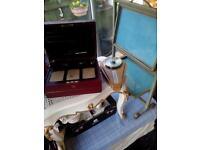 Deco barometer & folding stand