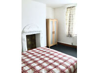 Lovely double room in Willenhall, Bills inclusive of rent, Move in today.