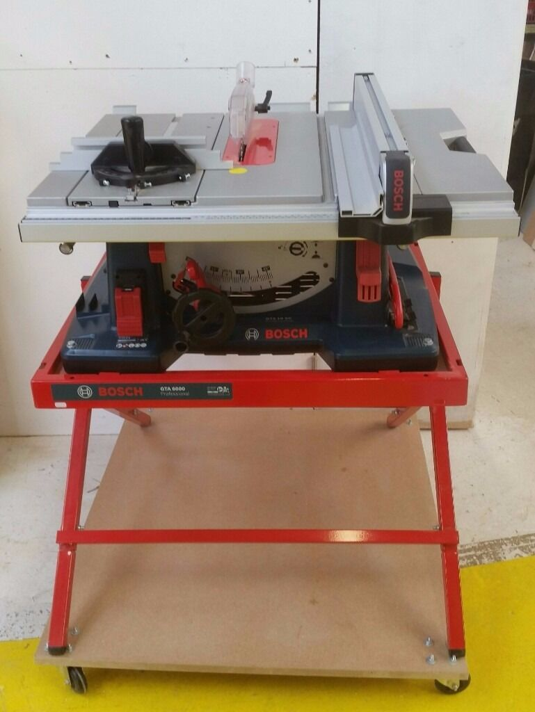 cee1b81ed421 BOSCH GTS 10 SC table saw with stand. Newhaven