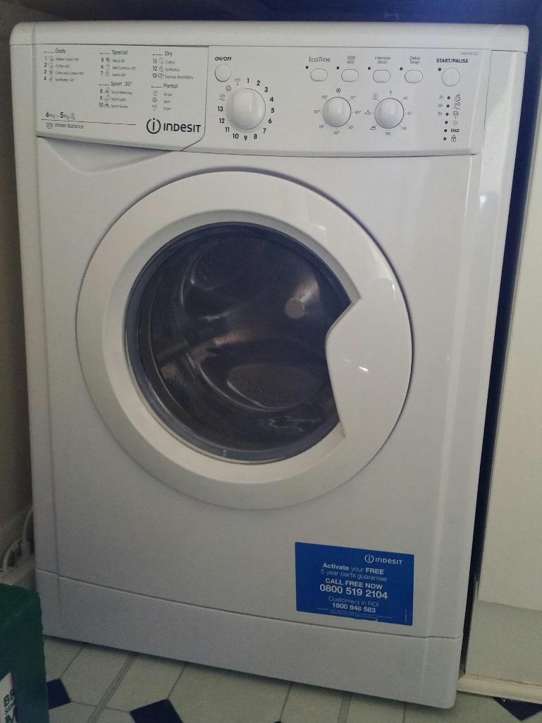 washer dryer indesit iwdc 6125 white almost new in brighton east sussex gumtree. Black Bedroom Furniture Sets. Home Design Ideas