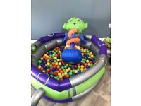 FREE Ball pit for sale with 1000 balls