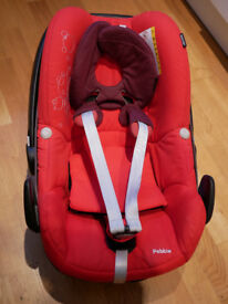 Maxi-Cosi Pebble car seat - Red