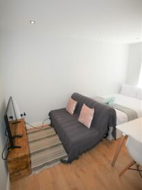 STUDENT LET 2021-2022 - STUDIO to let close to Bournemouth train station - TC1