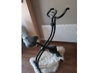 Everlast Folding Exercise Bike