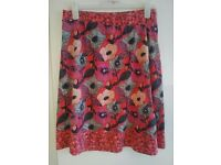Ladies MANTARAY skirt size 12 great condition