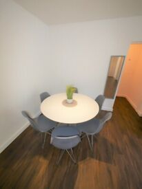 STUDENT LET ONLY - 2 BED FLAT TO LET In BOURNEMOUTH 189OC14