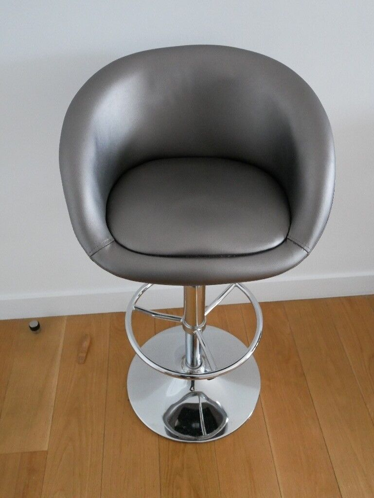Superb Debenhams Silver Coloured Plaza Gas Lift Bar Stool In Central London London Gumtree Gmtry Best Dining Table And Chair Ideas Images Gmtryco