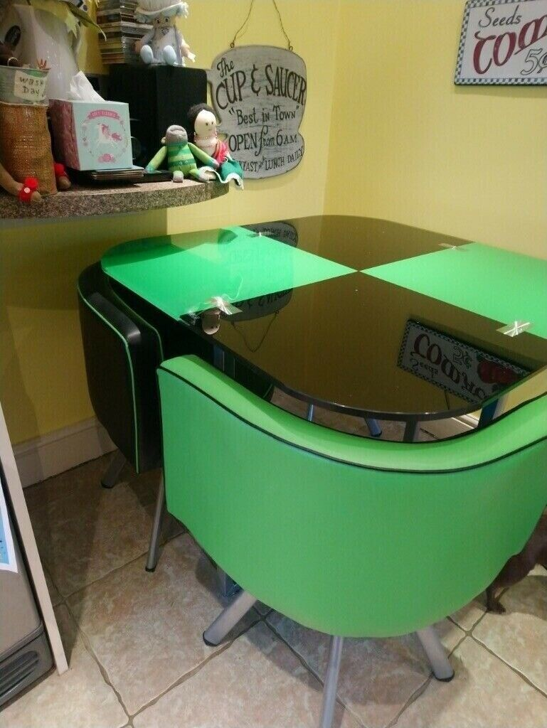 Sensational I Am Looking For Buying This Black And Green Glass Top Dining Table With 4 Chairs In Peterborough Cambridgeshire Gumtree Home Remodeling Inspirations Basidirectenergyitoicom