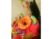 Girl jumperoo brilliant condition