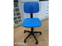 Kids desk chair, blue