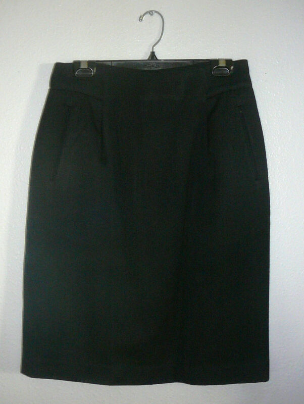 LIZ CLAIBORNE SKIRT~Black~Lined~Hidden Back Zipper~Knee Length~Miss 10~FREE SHIP