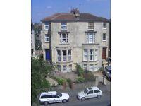 Spacious garden flat in Cotham to rent