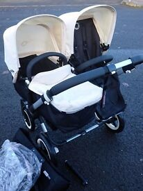 Bugaboo Donkey - Carrycot & Seat Unit with Cream Accessories
