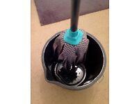 Strip mop & bucket