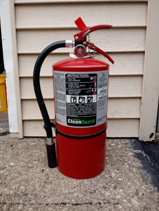Ansul Clean Agent Guard Fire Extinguisher FE36