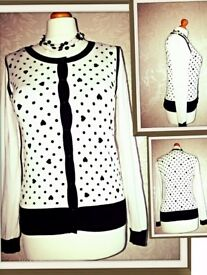 Type: Cardigan Size: M/L Colour:Black&White Brand: George