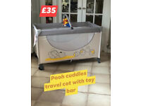 HAUCK TRAVEL COT WITH MATTRESS IN GORGOUS DISNEY POOH CUDDLES FROM BIRTH TO 3