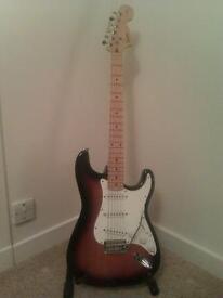 Squier Fender Stratocaster, w/ fender amp & custom case