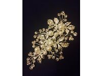 Good quality - Pearl and flower style hair Accessories for events, Party and wedding