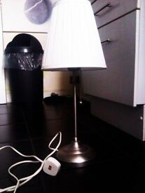 TRULY LOVELY EVERGREEN FASHIONABLE VERSATILE TABLE LAMP WITH FITTINGS