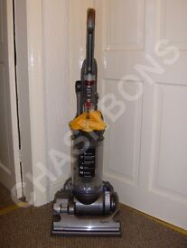 DYSON DC33 HEPA FILTER MULTI FLOOR UPRIGHT VACUUM CLEANER