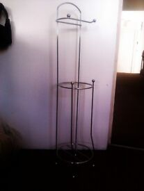 A VERY NICE STRONG CHROME BATHROOM STAND FOR TOILET ROLL PAPERS / STORAGE /UNIT