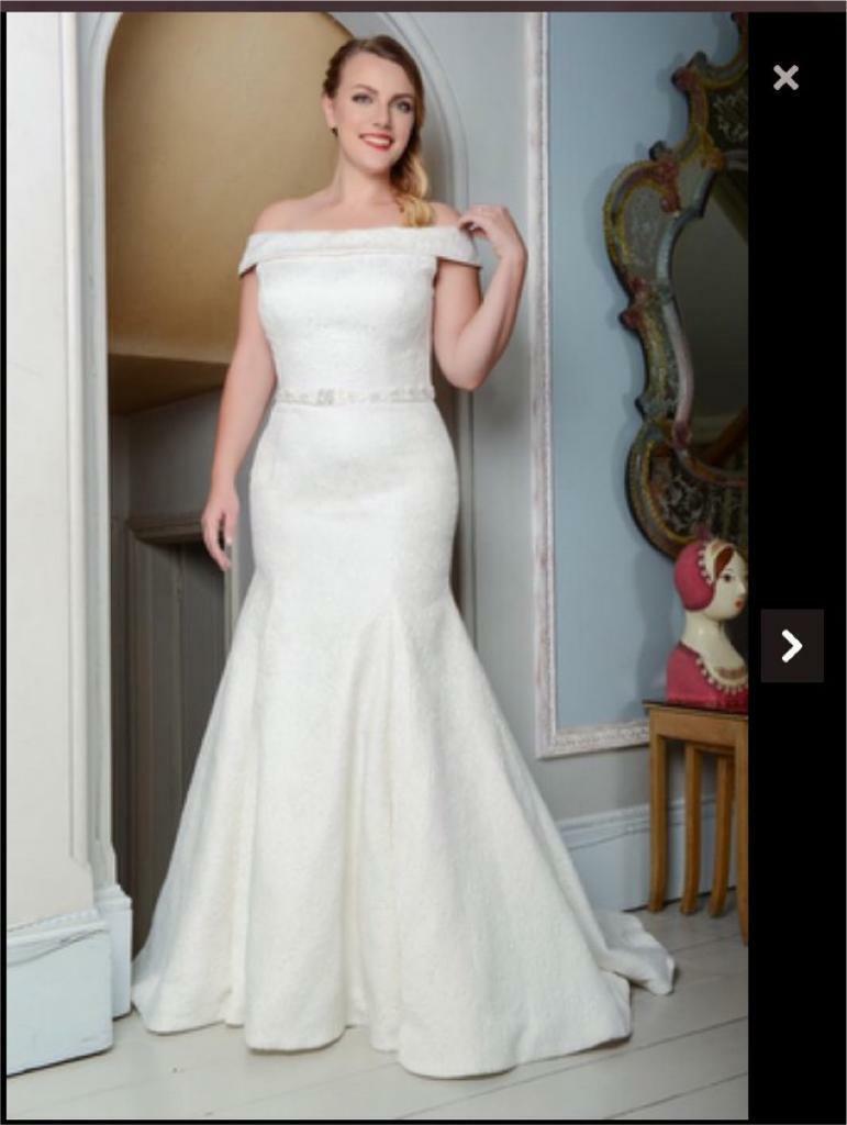 Wedding Dress 14 18 Never Worn In Dunmurry Belfast Gumtree