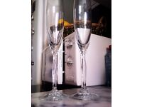 ORIGINAL LIMITED EDITION VERY GOOD QUALITY THIN GLASS PAIR OF CHAMPAGNE FLUTES GLASSES