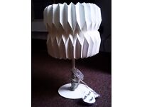 TRULY LOVELY EVERGREEN FASHIONABLE VERSATILE TABLE LAMP WITH WHITE SHADE AND ALL FITTINGS