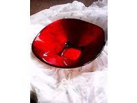 BRAND NEW UNIQUE STUNNING GOLDEN-RED SOLID GLASS ROUND TOP & SQUARE BOTTOM BOWL