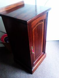 TRULY LOVELY REAL GOOD QUALITY DARK WOOD VERY VERSATILE SIDE TABLE STORAGE UNIT, CHEST