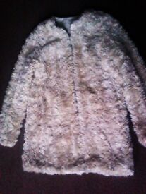 TRULY LOVELY FASHIONABLE ORIGINAL ZARA FURRY LIGHT COAT IN M SIZE