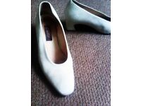 TRULY LOVELY VERY COMFORTABLE NICE SOFT SUEDE LEATHER ORIGINAL NEXT SHOES