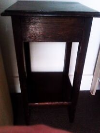 TRULY LOVELY ORIGINAL DARK BROWN REAL GOOD QUALITY WOOD STURDY TABLE, SIDE UNIT