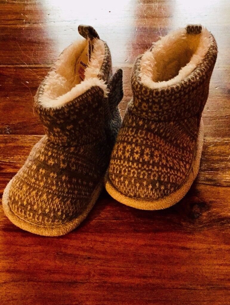 Soft, Grey Moccasin Baby Slippers, 6-12 mths, Never Worn